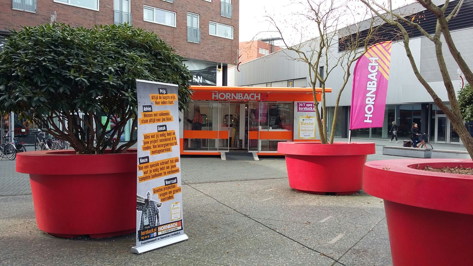 Hornbach pop up store lightspeed