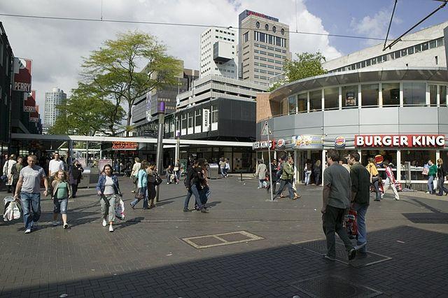 Een winkelstraat
