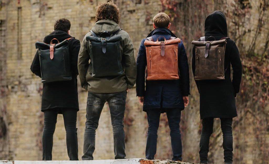 Nederlandse mannen aan de tas